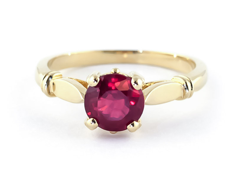 bague or 750 rubis